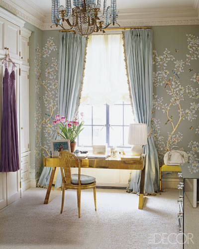 Aerin Lauder's Manhattan Apartment Closet