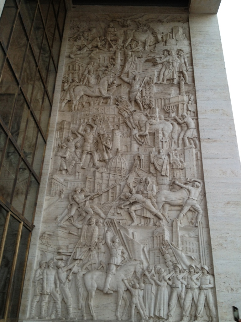 A relief of Italian history.  Notice the large Mussolini at the bottom.