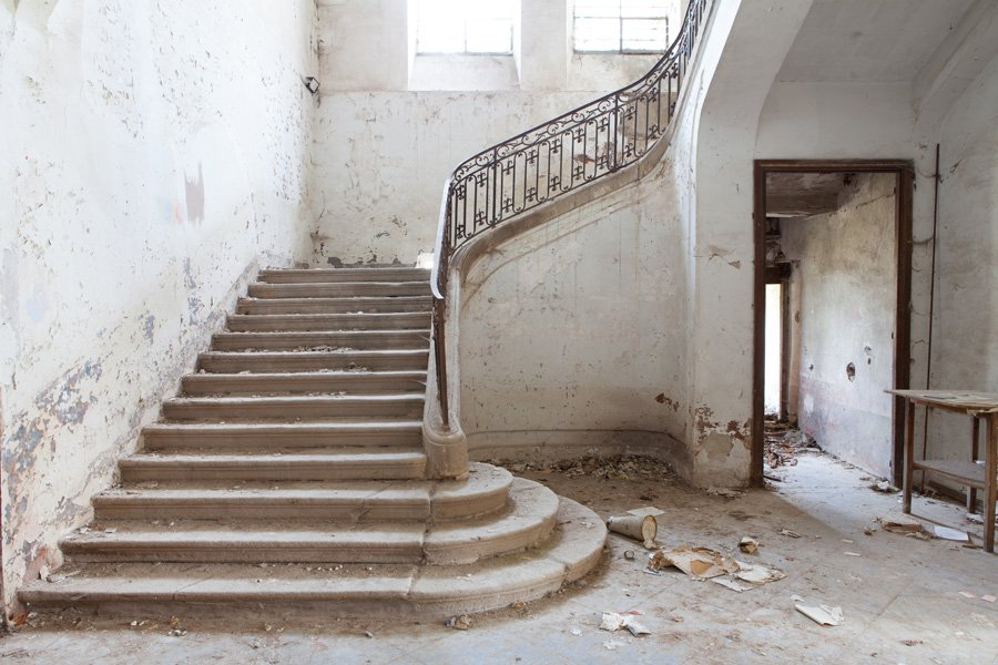 900x600xstaircase1.jpg.pagespeed.ic.f8hPvUJRZ8